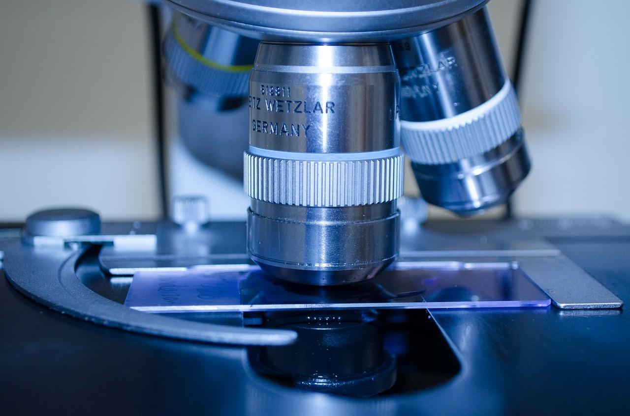 microscope, lab, research-316556.jpg